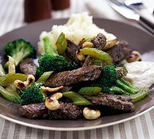 Image for Quick beef & broccoli one-pot